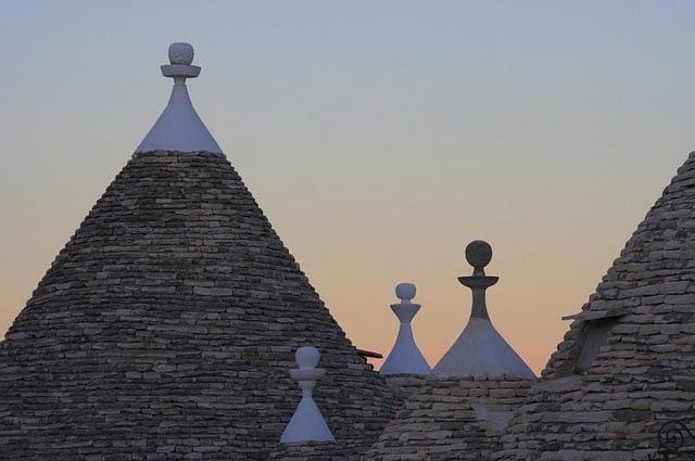 Alberobello_YesPuglia l'enoteca online più innovativa di puglia_vacanze in Puglia_Otranto_Ostuni_Lecce_Bari_Brindisi_Foggia_Gargano
